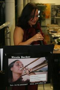 musikalische Untermalung von Nicole Becker